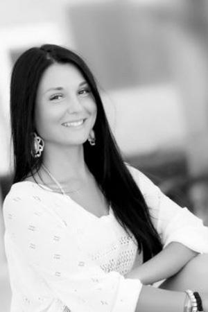 Юлия Погодина - Курсы Adobe Illustrator и дизайна мобильных приложений